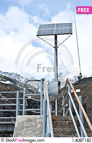 Free Sun And Water Energy Stock Photography - 14087182