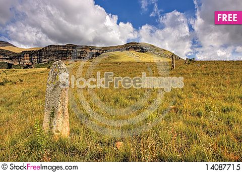 Free Old Fence Post Royalty Free Stock Photo - 14087715