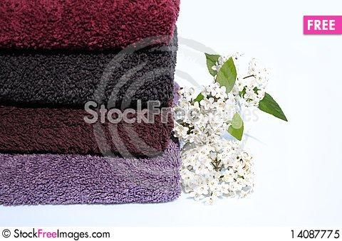 Free Towels Royalty Free Stock Photo - 14087775