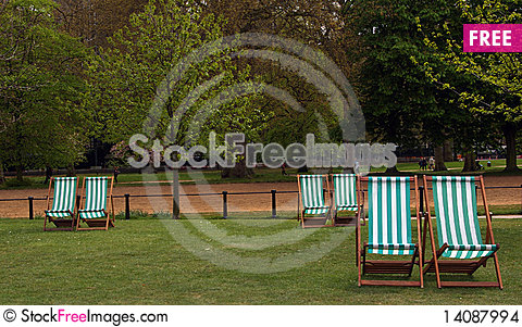 Free Deckchairs In Hyde Park. Stock Images - 14087994