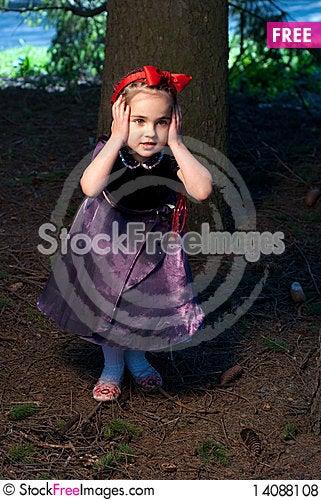 Free Snow White Little Girl Royalty Free Stock Photos - 14088108