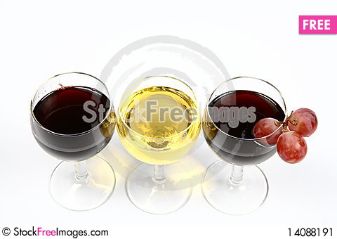 Free Red And White Wine In Wineglasses Stock Image - 14088191