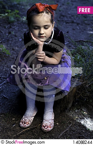 Free Snow White Little Girl Stock Images - 14088244