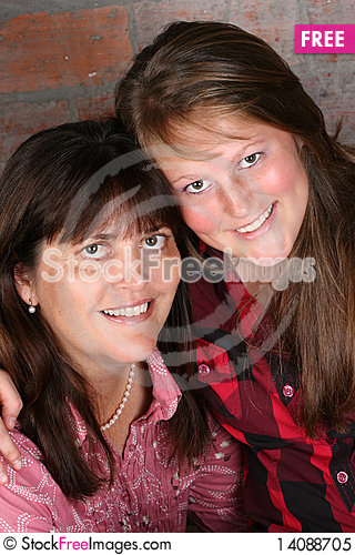 Free Mom And Daughter Royalty Free Stock Photo - 14088705