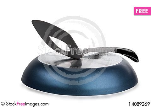 Free Shovel For Meal Lies On Turned Frying Pan Royalty Free Stock Images - 14089269