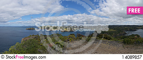 Free New Zealand Coast Panorama Royalty Free Stock Photography - 14089857