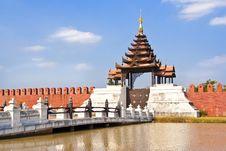 Free Palace Wall Stock Photo - 14080910