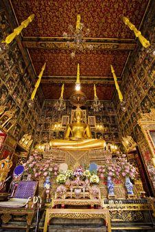 Free Golden Buddha Stock Photography - 14080932