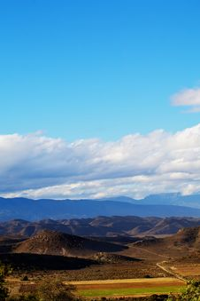 Free Mountain Under Clouds Stock Photos - 14082923