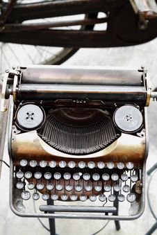 Free Old Antique Vintage Typewriter Stock Image - 14087121