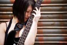 Free Artist With Her Instrument Stock Photos - 14087123