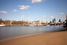 Free London City From The Embankment Beach Stock Photos - 14087513