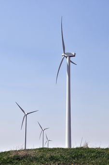 Free Wind Turbines Royalty Free Stock Photography - 14089197