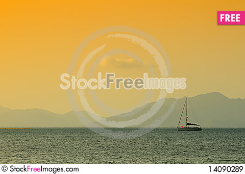 Free Sunset At The Sea Royalty Free Stock Images - 14090289