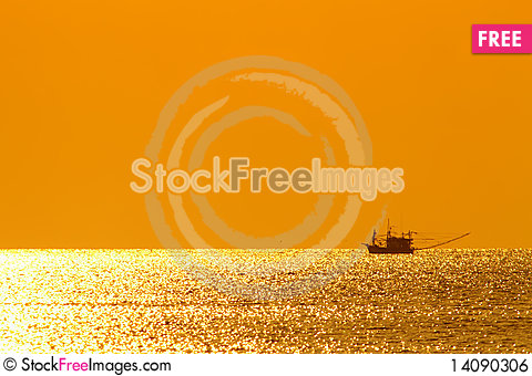 Free Sunset At The Sea Royalty Free Stock Image - 14090306