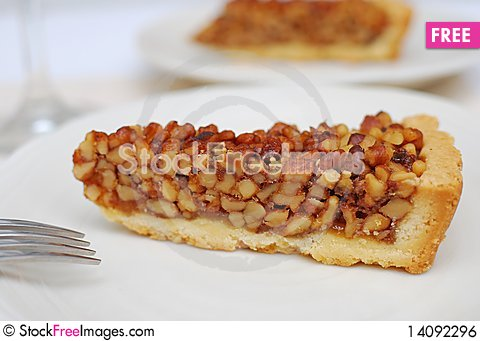 Free Delicious Looking Hazel Nut Tart Royalty Free Stock Image - 14092296