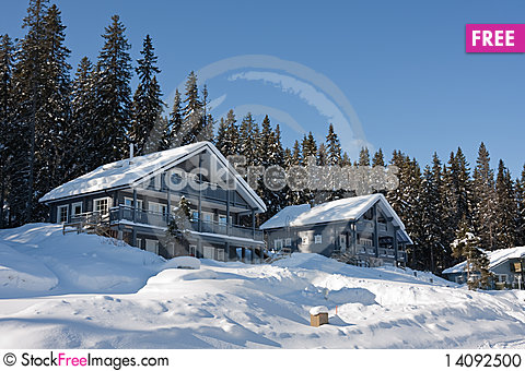 Free Cottages In Winter Stock Photo - 14092500
