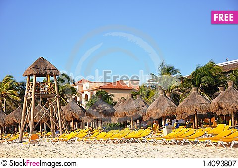 Free Morning  Beach. Royalty Free Stock Photography - 14093807