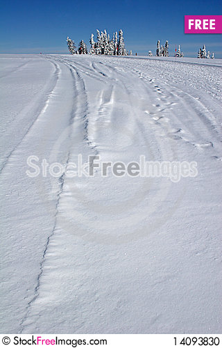 Free Road In The Snow Stock Photo - 14093830