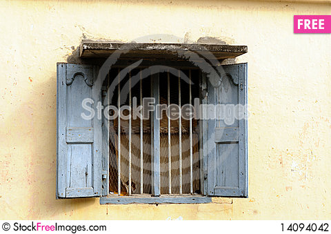Free Old Window Stock Photography - 14094042