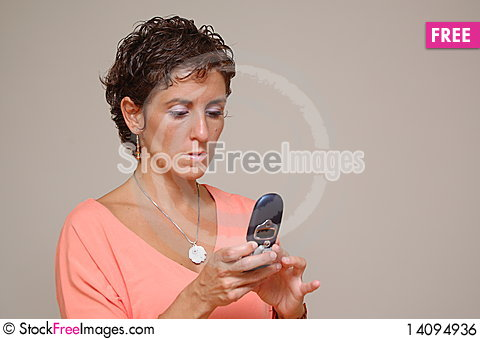 Free Young Woman Sending Text Message Royalty Free Stock Image - 14094936
