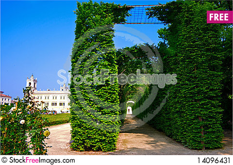 Free Green Long Tunnel Stock Image - 14096431