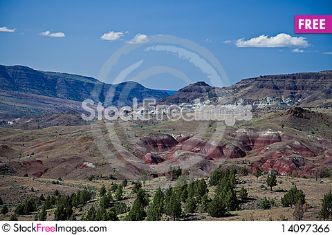 Free River Valley, Painted Hills And Blue Basin Royalty Free Stock Image - 14097366