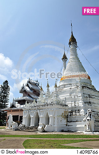 Free Buddhist Temple Royalty Free Stock Image - 14098766