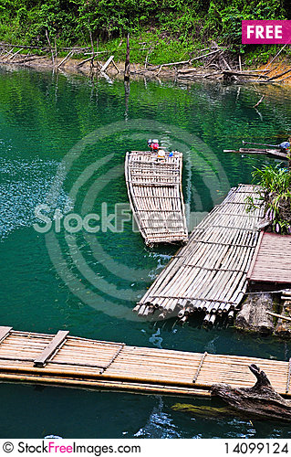 Free Bamboo Raft Stock Images - 14099124