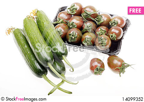 Free Cherry Tomatoes With Cucumber Stock Photography - 14099352