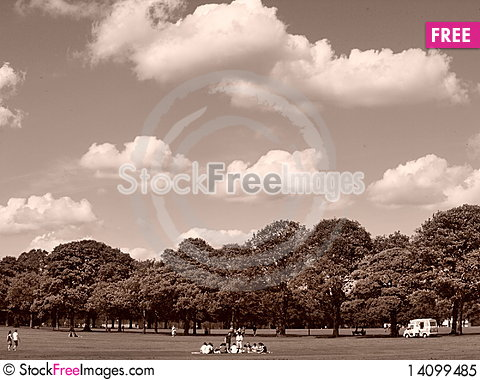 Free Saturday In The Park Royalty Free Stock Photo - 14099485