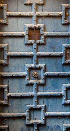 Free Old Wood Door Royalty Free Stock Image - 14091956