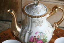 Free Tea Set Stock Photo - 14098690