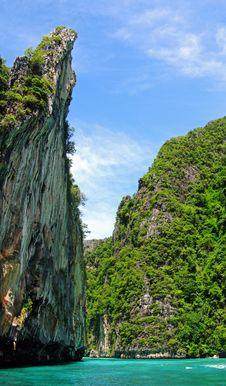 Free Tropical Island Cliffs Stock Photo - 14099370