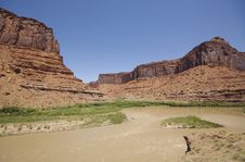 Free Colorado River Near Moab Royalty Free Stock Image - 1412666