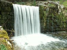 Free Waterfall Royalty Free Stock Image - 1416306