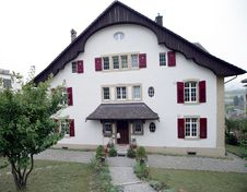 Free Old Swiss House 1 Royalty Free Stock Photography - 1417307