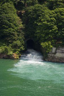 Free Niagara River Stock Image - 1419021