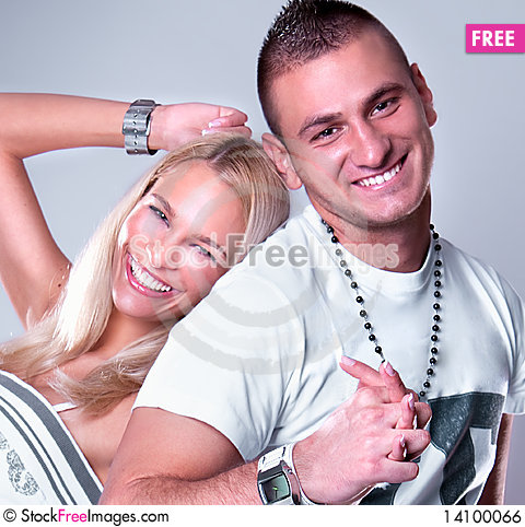 Free Young Love Couple Smiling Royalty Free Stock Image - 14100066