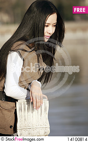 Free Young Woman Pondering Stock Images - 14100814