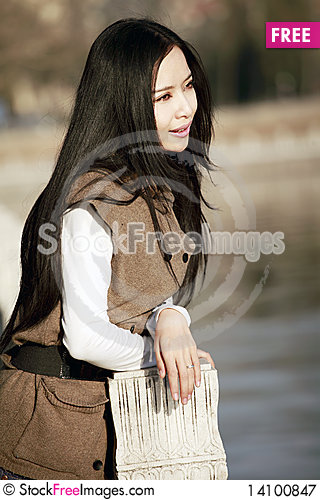 Free Attractive Girl Outdoors Royalty Free Stock Photography - 14100847