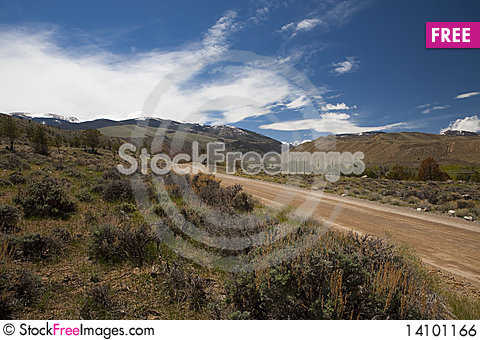 Free The Dirt Road Royalty Free Stock Image - 14101166