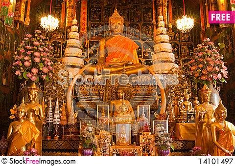 Free The Buddha Of Wat Phananchoeng Worawihan Royalty Free Stock Photography - 14101497