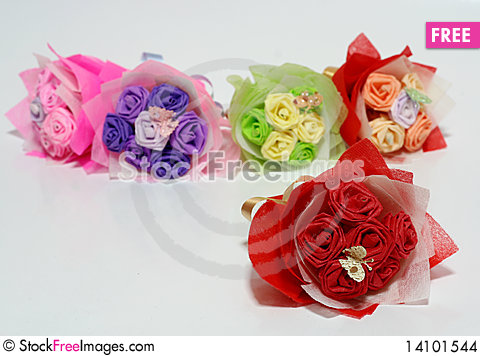 Free Origami Of Flowers Stock Images - 14101544