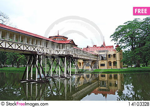 Free Sanam Chan Palace Royalty Free Stock Photos - 14103328