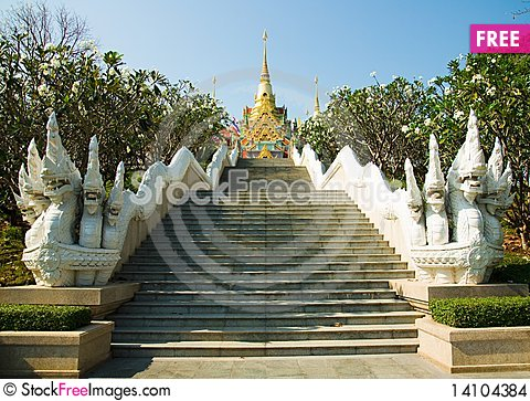 Free Stairway To A Temple Stock Images - 14104384