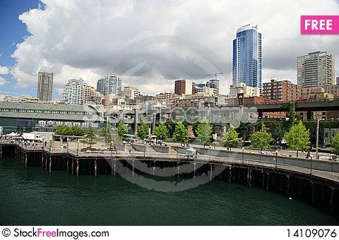 Free Seattle Waterfront Royalty Free Stock Image - 14109076