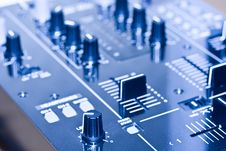 Free DJ Mixer Stock Photo - 14105250