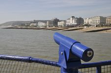 Free Telescope On Eastbourne Pier Royalty Free Stock Images - 14106219