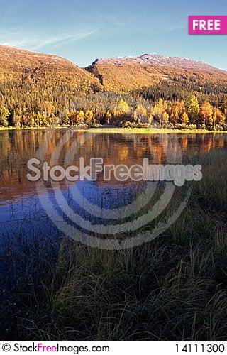 Free Mountain Lake In Sunset Stock Photo - 14111300